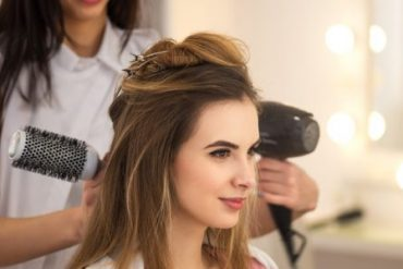 Why to hire a professional hair salon