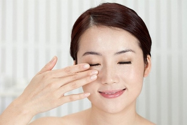 anti-wrinkle eye cream in singapore